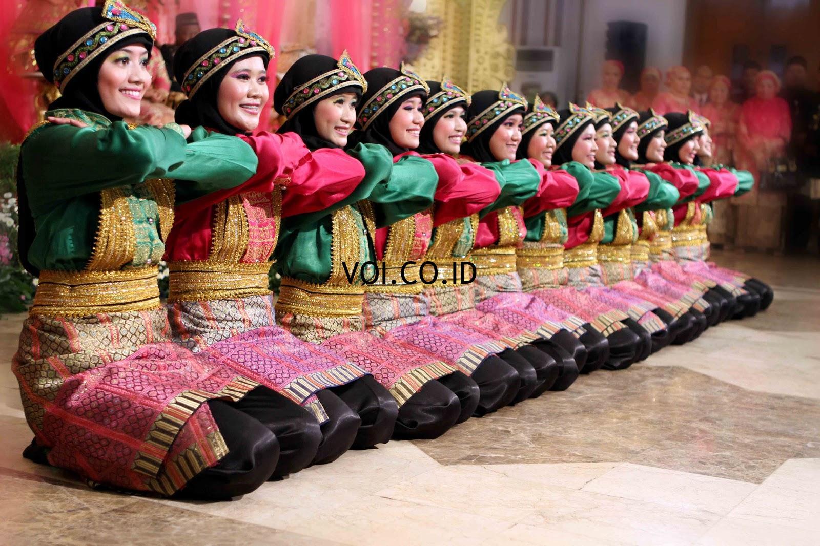 Contoh-Seni-Budaya-Nusantara-Indonesia-Tari-Saman