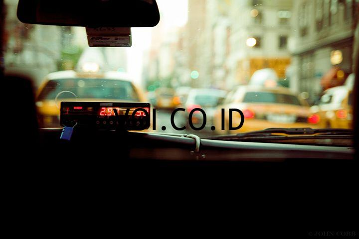 Contoh-Teks-Editorial-Kehadiran-Transportasi-Online