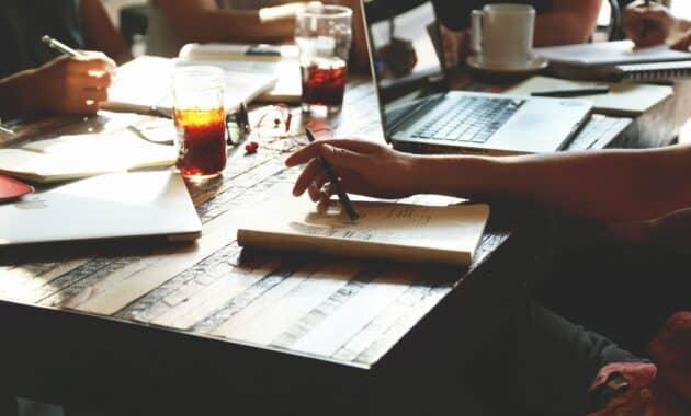 Contoh-Notulen-Rapat-Organisasi