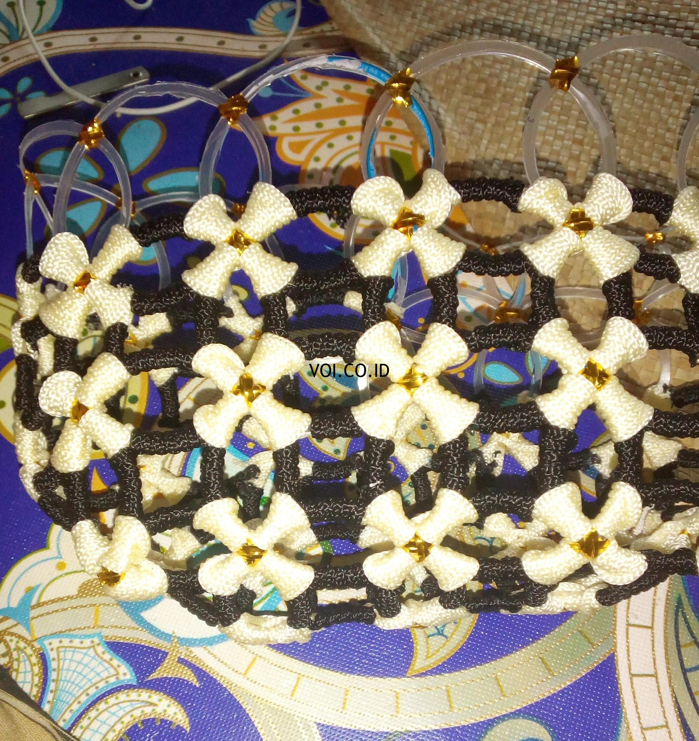 11 Ide Kerajinan Dari Gelas Plastik Dan Cara Membuatnya